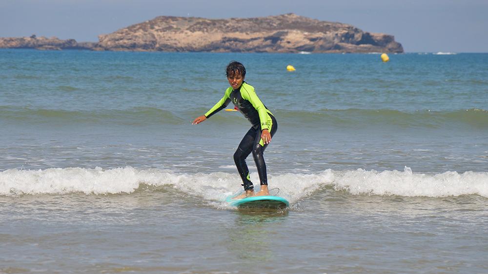 COURS SURF ENFANTS